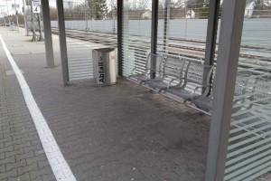 Bahnsteig in Zorneding (Foto: Peter Pernsteiner)