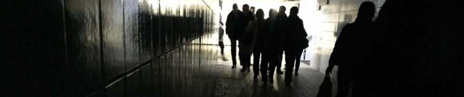 Defekte Beleuchtung am Bahnhof von Zorneding, Foto: Harrison